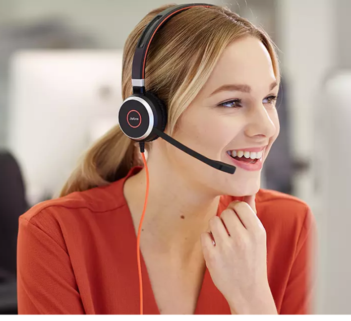 7 Professional Tips To Buy USB Headsets In 2021